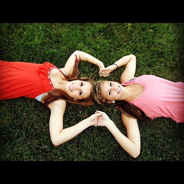 Julianna and Lexy Bffs