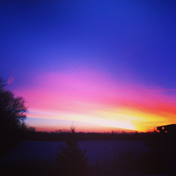 """Early Morning Sunrise – Skylar telling her mommy """"good morning"""""""